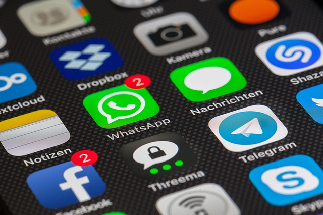 Verschiedene Icons von Apps. Bild von Thomas Ulrich auf Pixabay.